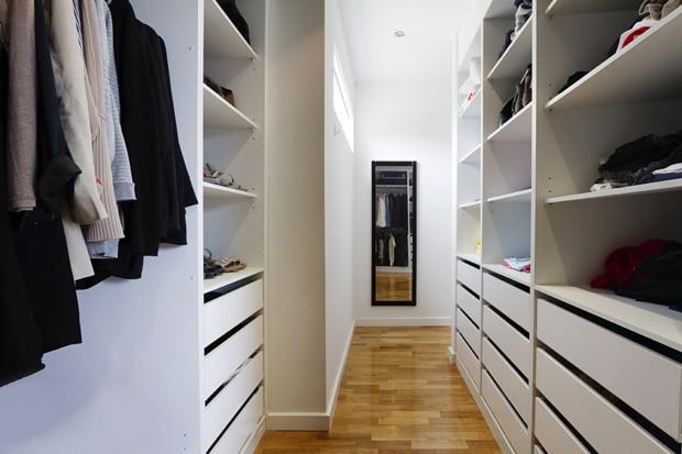 Inloopkast op maat tips inspiratie inloopkasten realisaties - Kleine kledingkast ...