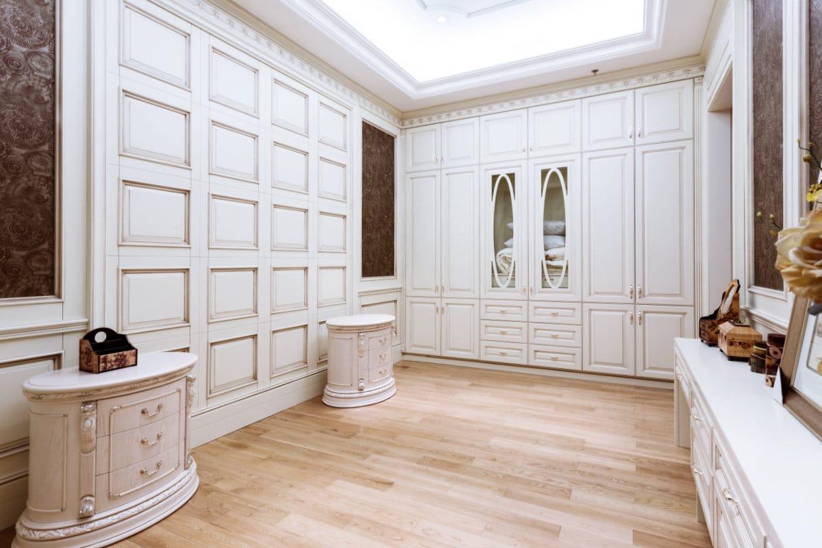 Inspirerende garderobekast stijl van Versailles